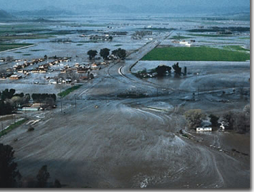 Breach of the San Jacinto River Levee - February 1980